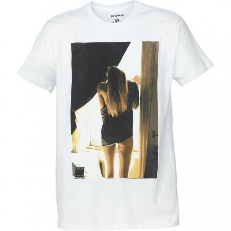WINDOW GIRL / WHITE